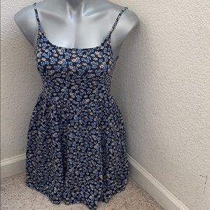 Forever 21 floral dress size S